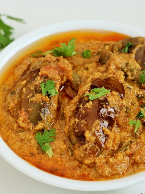 Hyderabadi Bagara baingan ka salan-Hyderabadi Bagare Baingan recipe