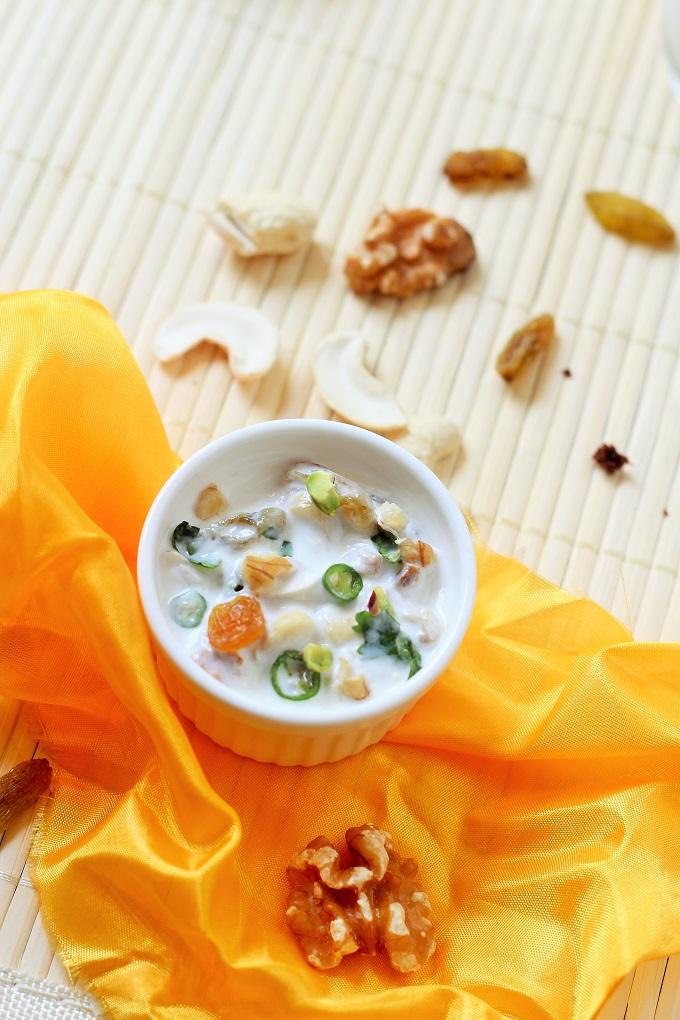 nuts and dry fruits raita recipe-how to make delicious nuts and dry fruits raita recipe