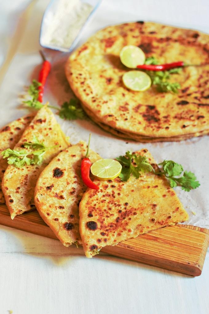 Chicken Keema Paratha Recipe-How to make chicken keema paratha-An awesome paratha stuffed with delicious mince chicken filling.