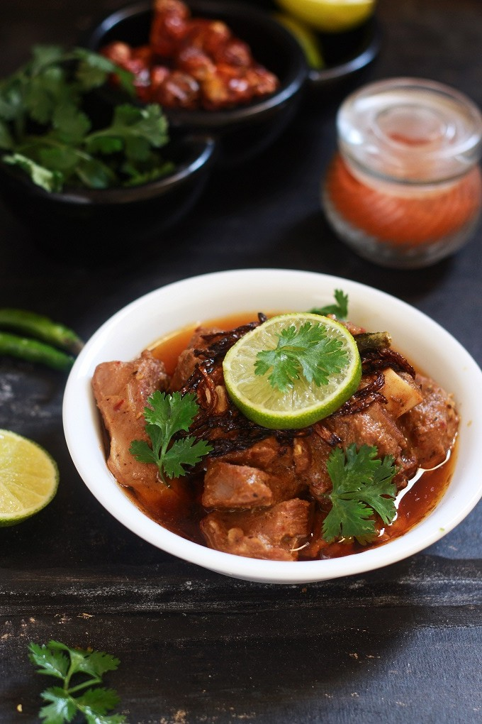 Lamb vindaloo recipe mutton vindaloo recipe fas kitchen lamb vindaloo recipe mutton vindaloo recipe a traditional and tasty goan recipe made with forumfinder Choice Image