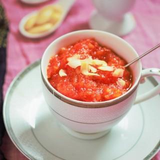 Traditional Gajar ka Halwa with Khoya recipe - A delicious Carrot Halwa recipe with khoya or mawa for the cold wintery days