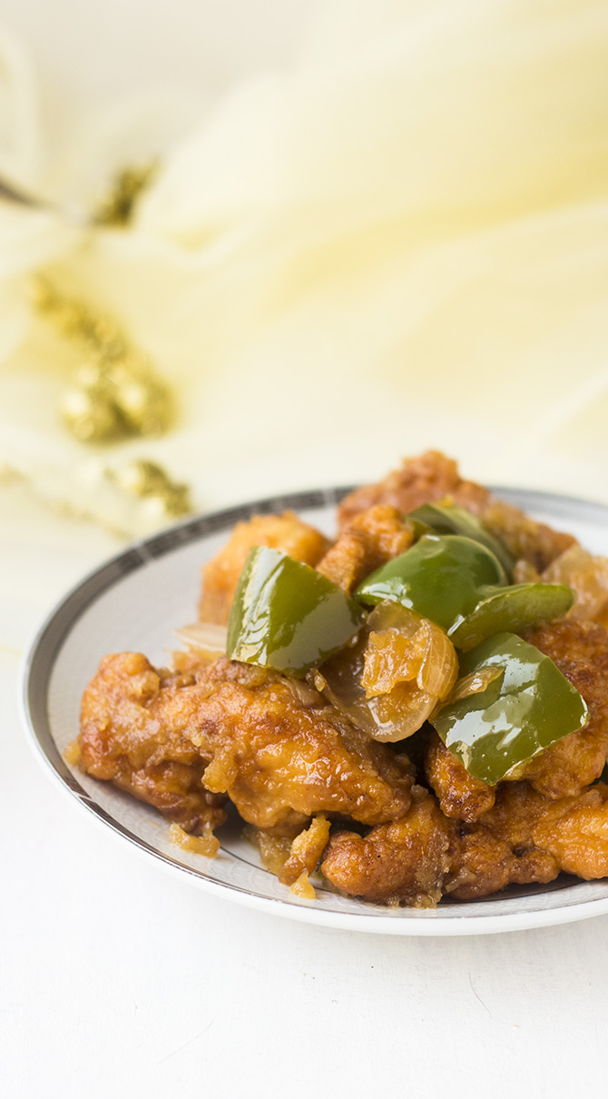 Dry Chilli Chicken Recipe is a restaurant style chicken recipe made in an Indo-Chinese style. If you like chicken, then you will love this dish.