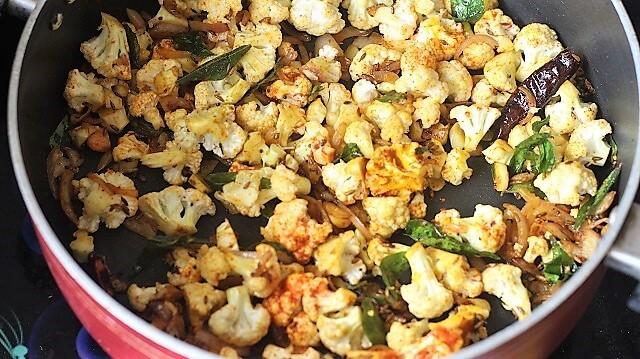 cauliflower poriyal recipe getting cooked