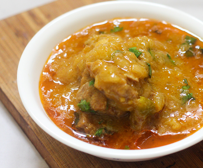 Mango Mutton curry recipe is a delicious lamb meat made with raw mangoes. As the raw mangoes are in season, this dish should certainly be tried.