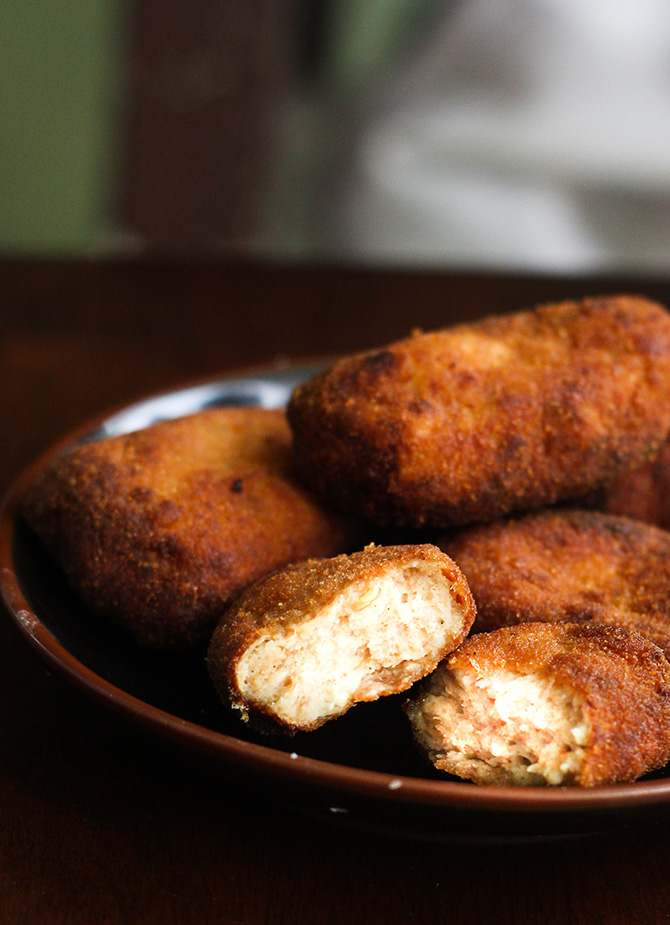 Homemade Chicken Nuggets Recipe is one of the most popular fast food. It is one of the hot selling food in any fast food chain.