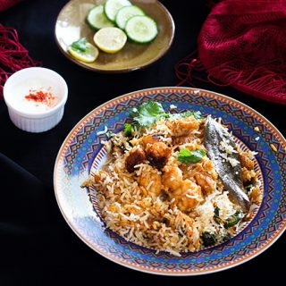 Prawn Biryani Recipe, an absolutely tasty and yummy biryani preparation that is pure delight. Once you get the taste of this easy prawns biryani, you will never look back.This is a pure delicacy.